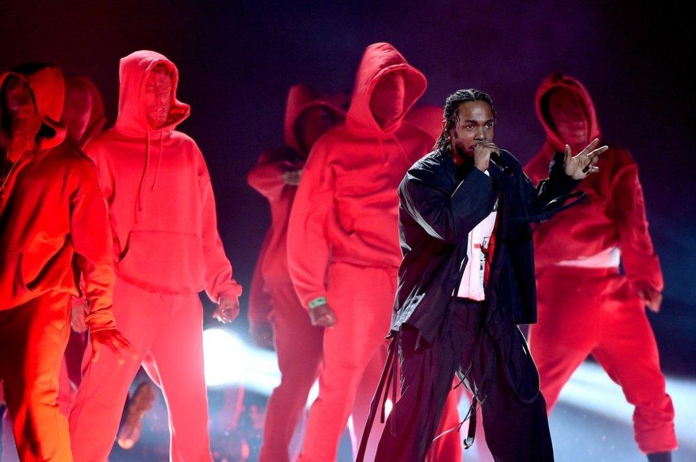 Reactions-Kendrick-Lamar-2018-Grammys-Performance.jpg