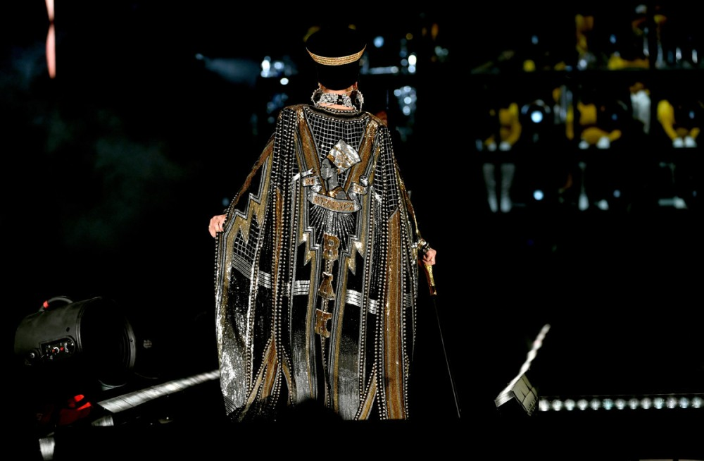 beyonce-coachella-performance-balmain-cape.jpg
